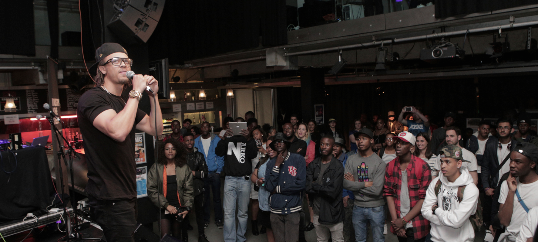 REVIEW: #IITSPIRATION x RICH MIX YOUTH TAKEOVER: OPENING PARTY